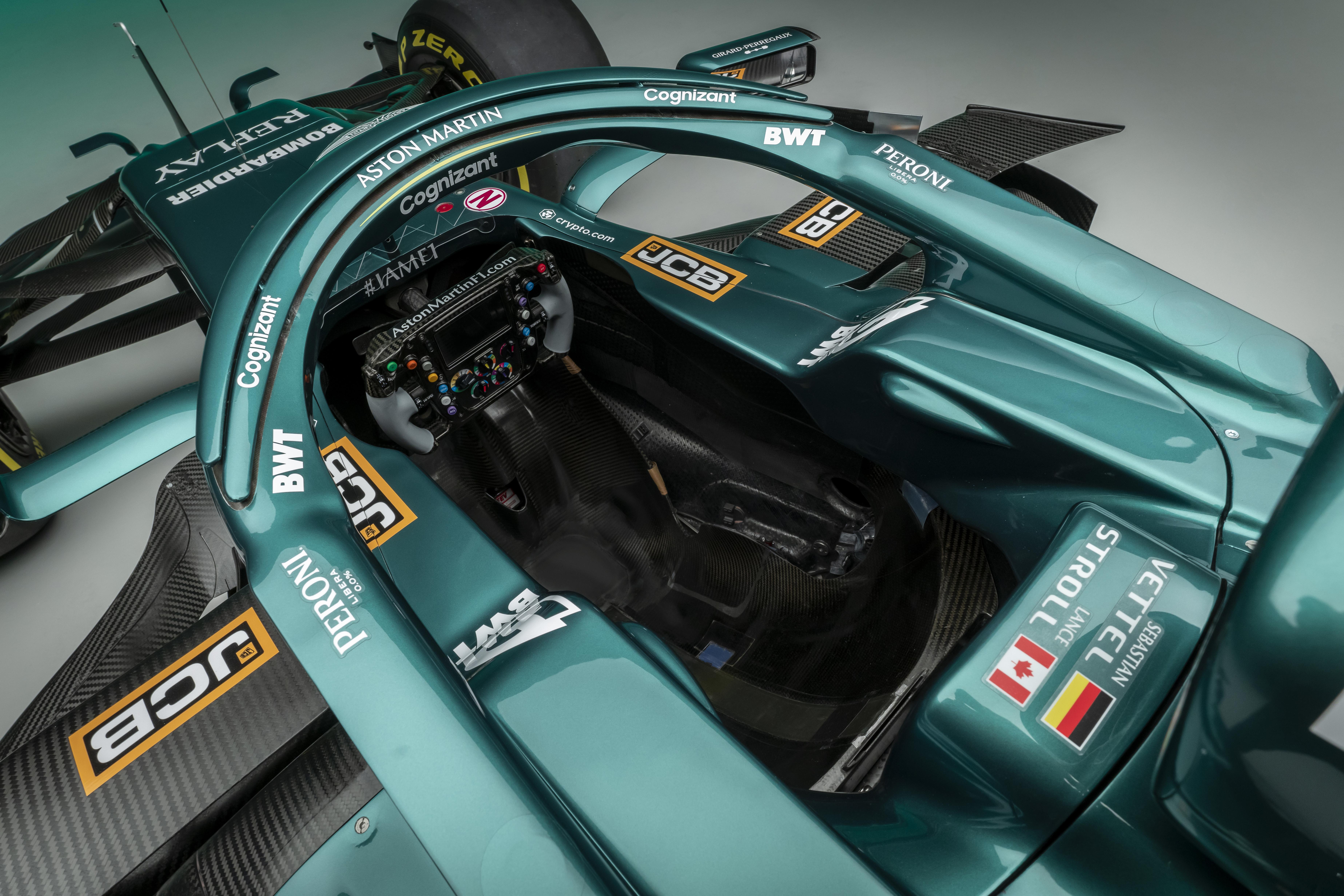 Aston-Martin-Cognizant-Formula-One®-Team_AMR21_10