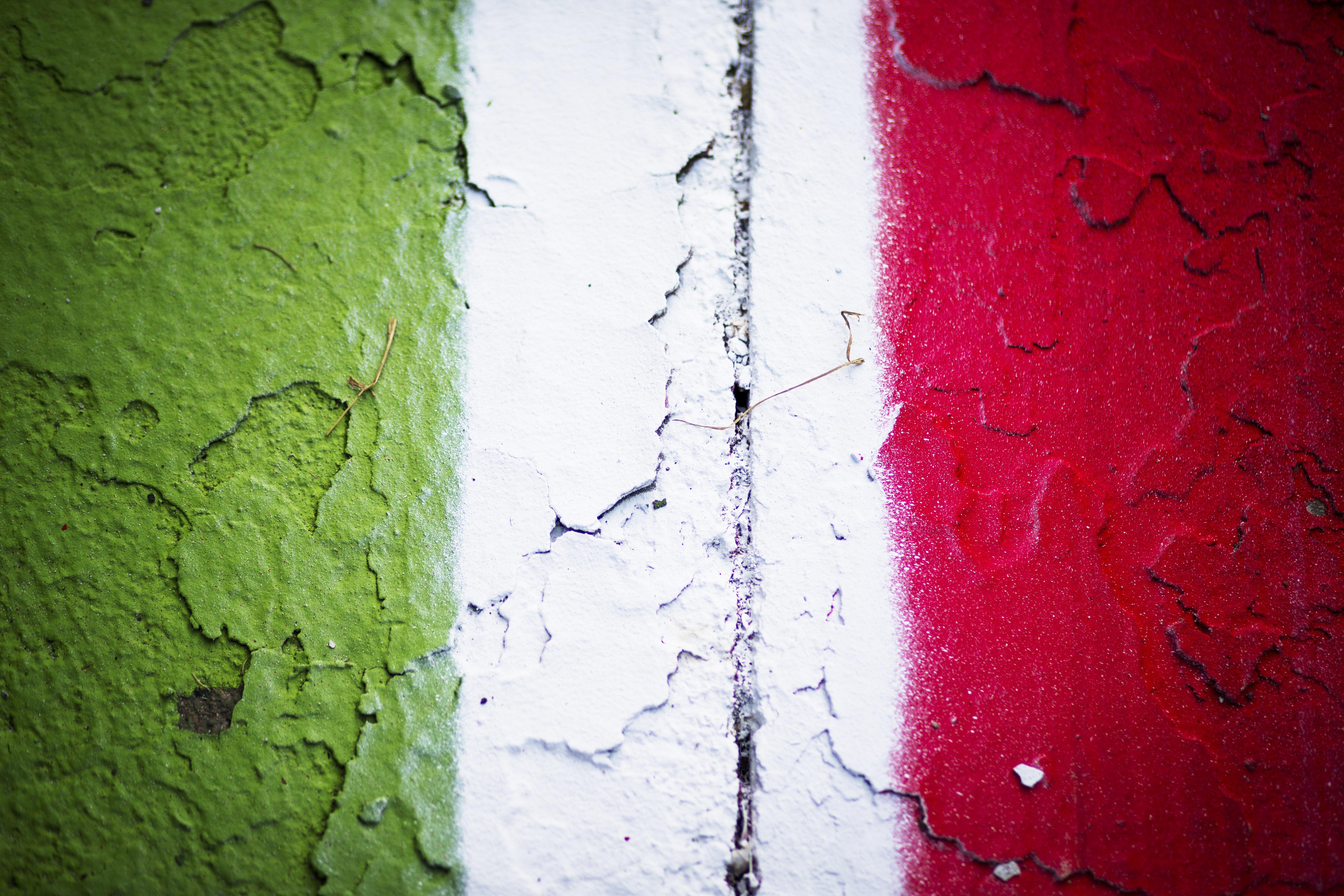 2016 GP2 Series Round 9 Autodromo di Monza, Italy. Thursday 1 September 2016. Curbs painted in the Italian flag colors Photo: Sam Bloxham/GP2 Series Media Service. ref: Digital Image _SBB6901