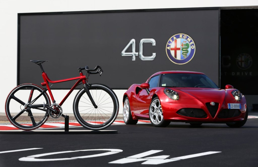 4C IFD supercar a due ruote