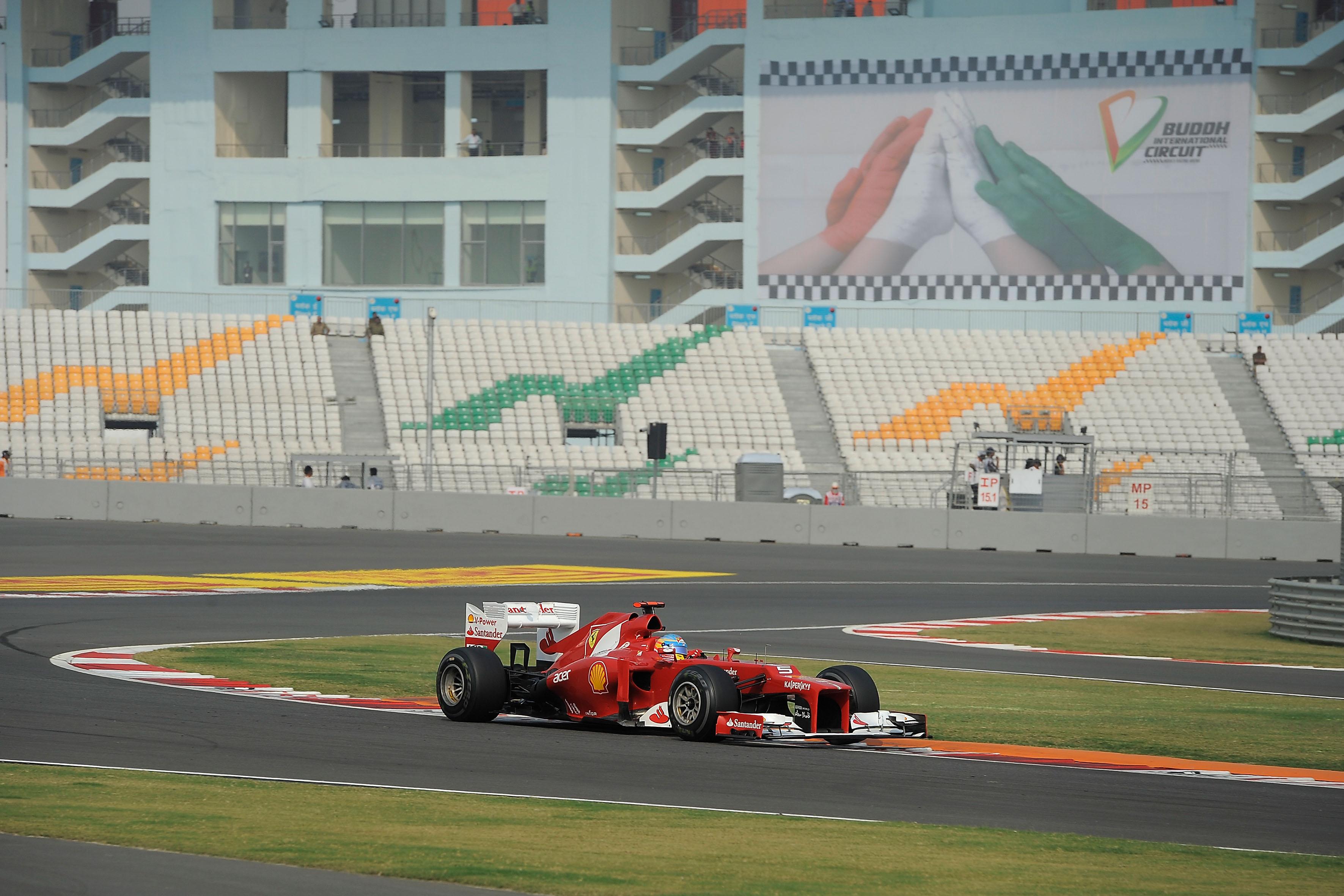 Ferrari a caccia del tris in India