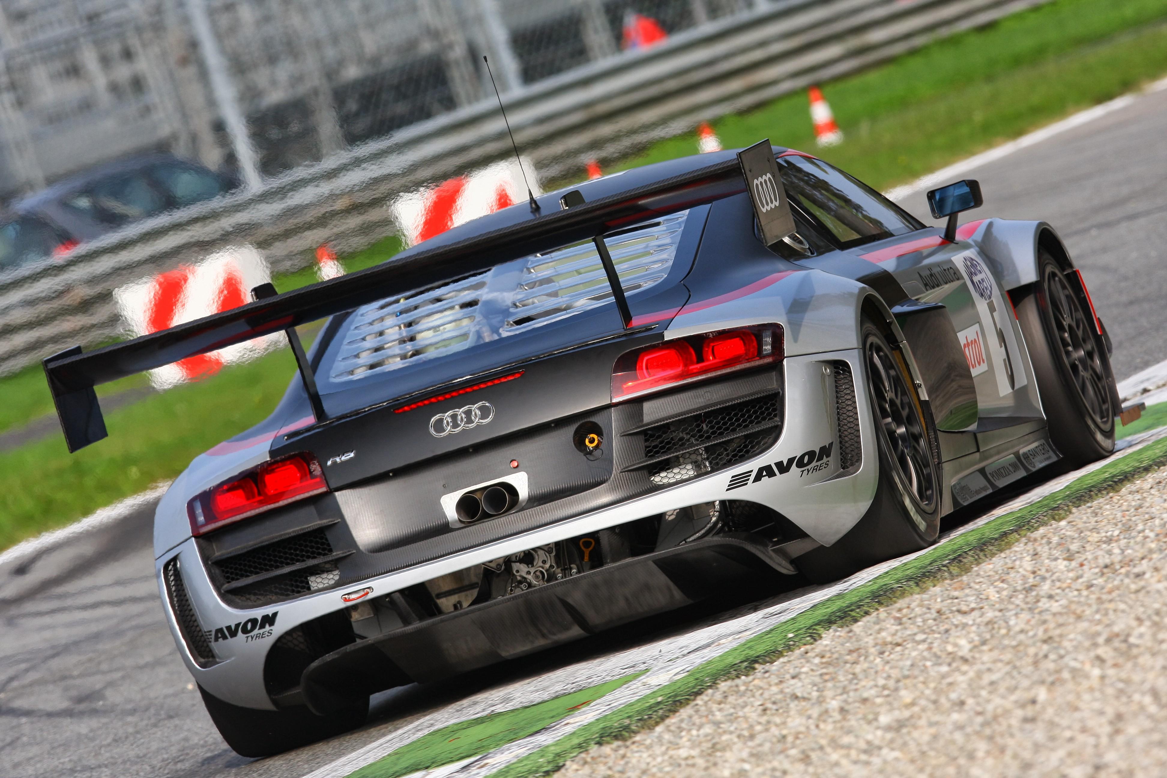 Gran finale GT a Monza per le R8 LMS ultra