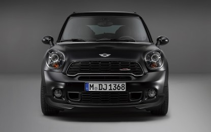MINI in Frozen Black metallic