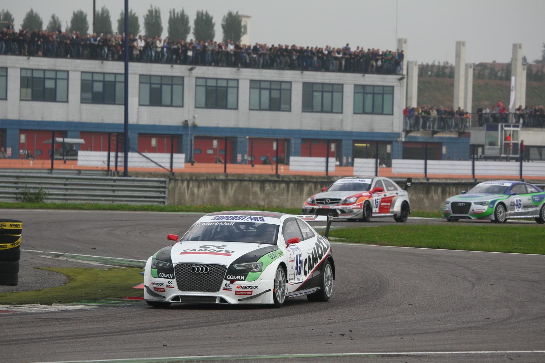 Morbidelli vince Gara 1, Titolo nel mirino