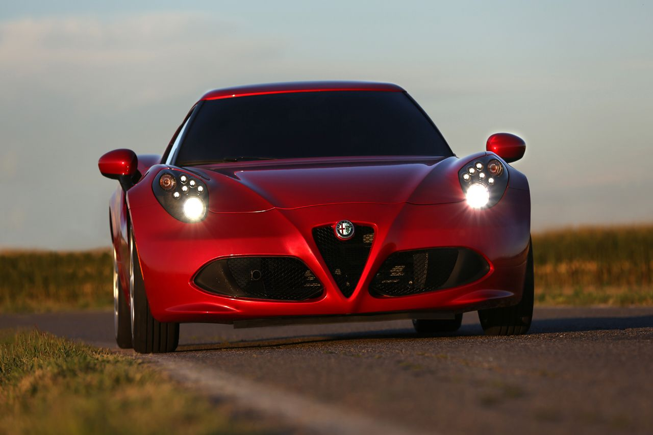 'Auto Trophy' premia l'Alfa Romeo 4C