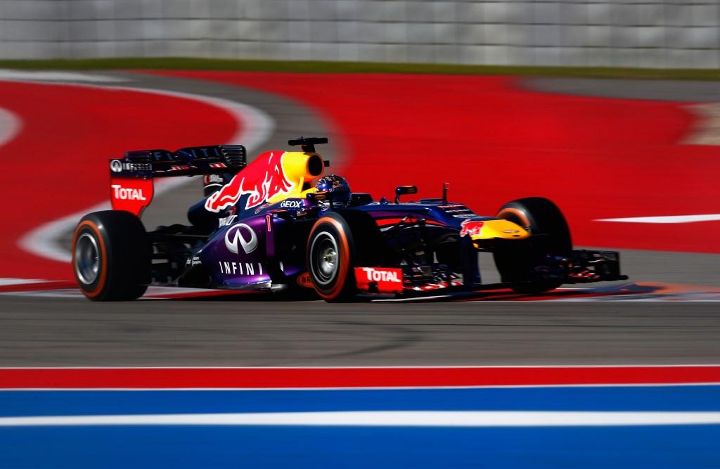 Vettel vola in pole anche negli USA