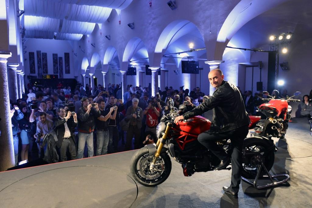 Ducati: attacco al 2014 con il Monster 1200