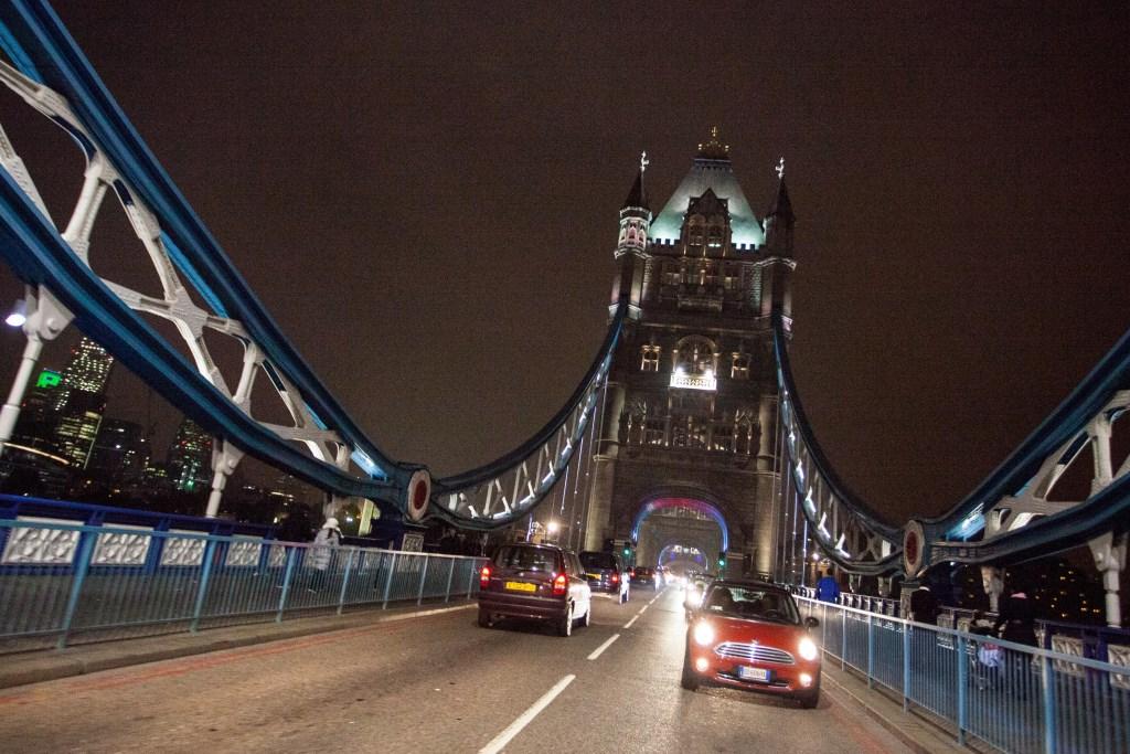 MINI London Calling: terza tappa da Parigi a Londra