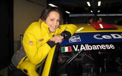 Valentina Albanese al volante delle nuove Leon