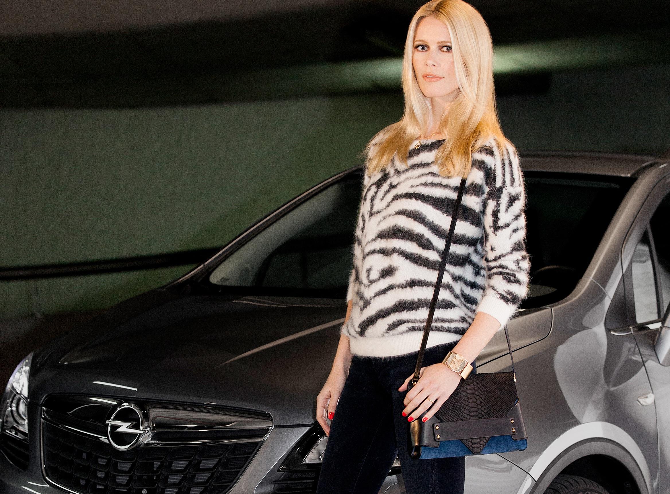 Claudia Schiffer ambasciatrice europea Opel
