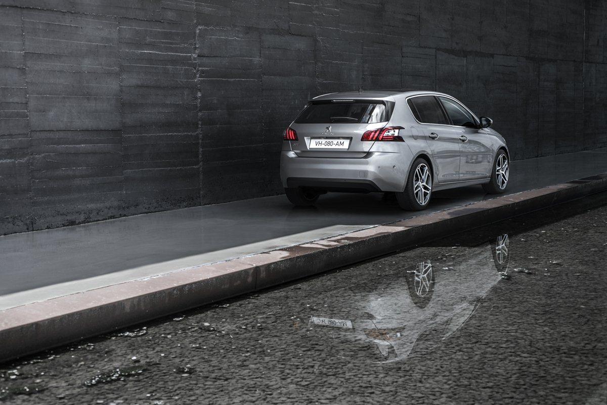 Nuova Peugeot 308: voilà!