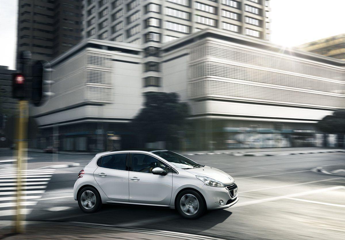 Peugeot 208 è anche GPL