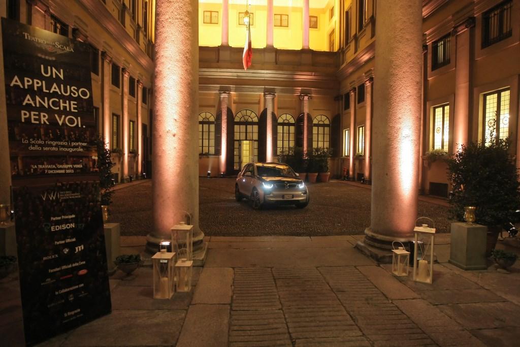 """BMW i per la """"Prima"""" del Teatro alla Scala"""