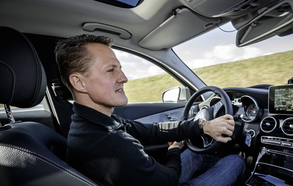 Schumacher prova i sistemi di assistenza della nuova Classe C