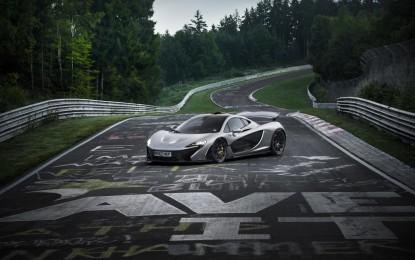 La McLaren P1 batte il record dei 7' al Nürburgring