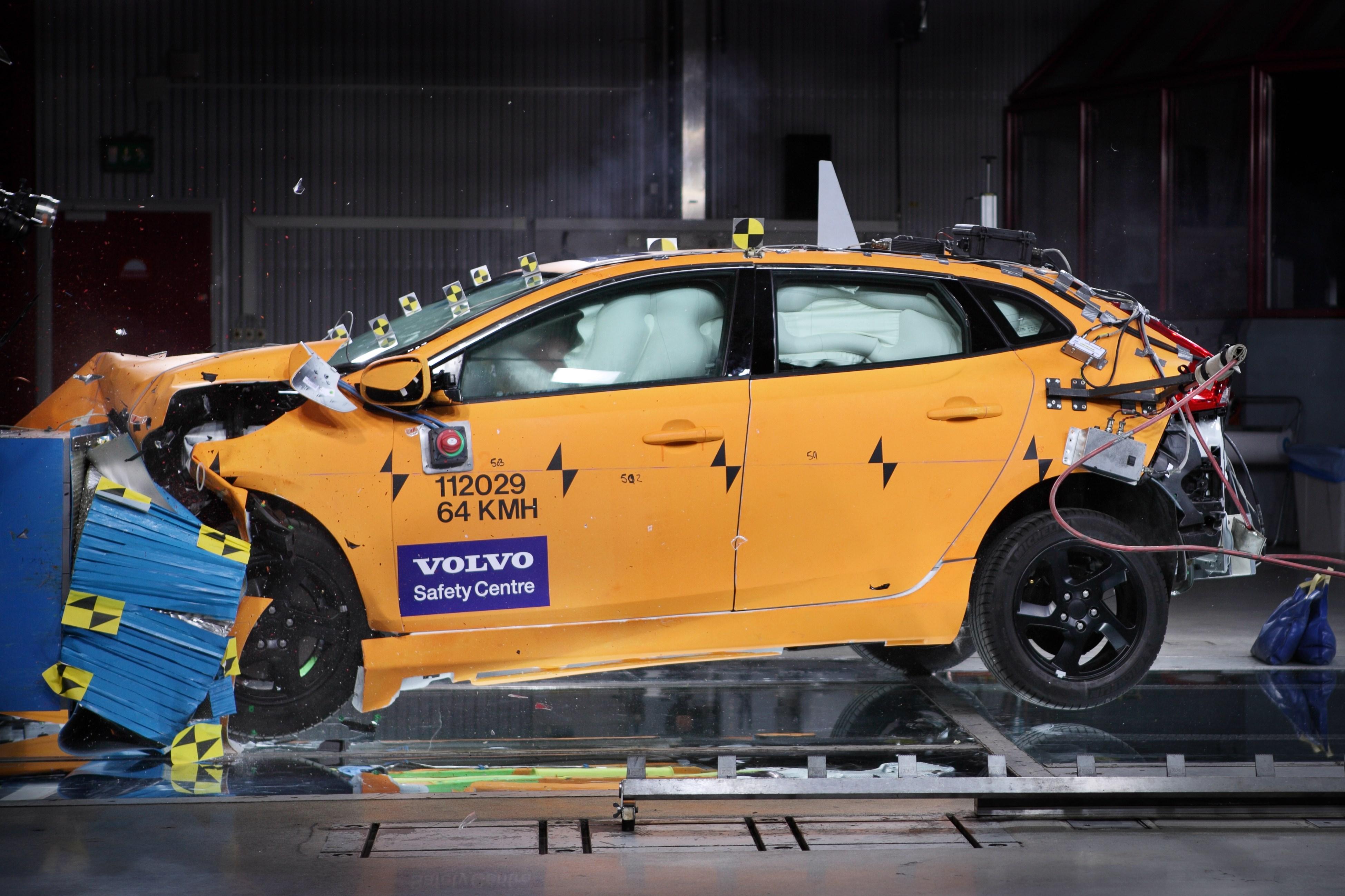 Leadership di Volvo Cars nell'ambito della sicurezza
