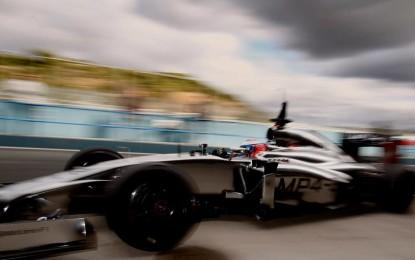 Jenson e McLaren nel secondo giorno a Jerez