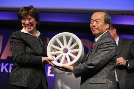 """Il premio """"Gianni Mazzocchi"""" per la tecnologia ibrida Toyota"""