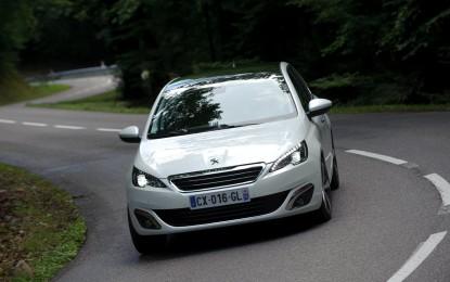 Peugeot Italia cresce in un mercato in ribasso
