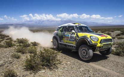 """Dakar: vince """"Nani"""" Roma, podio tutto MINI"""