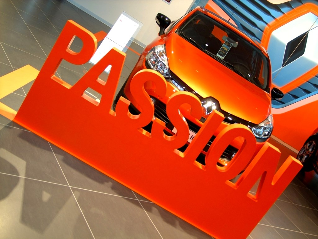 Nuova sede della Filiale Renault a Milano