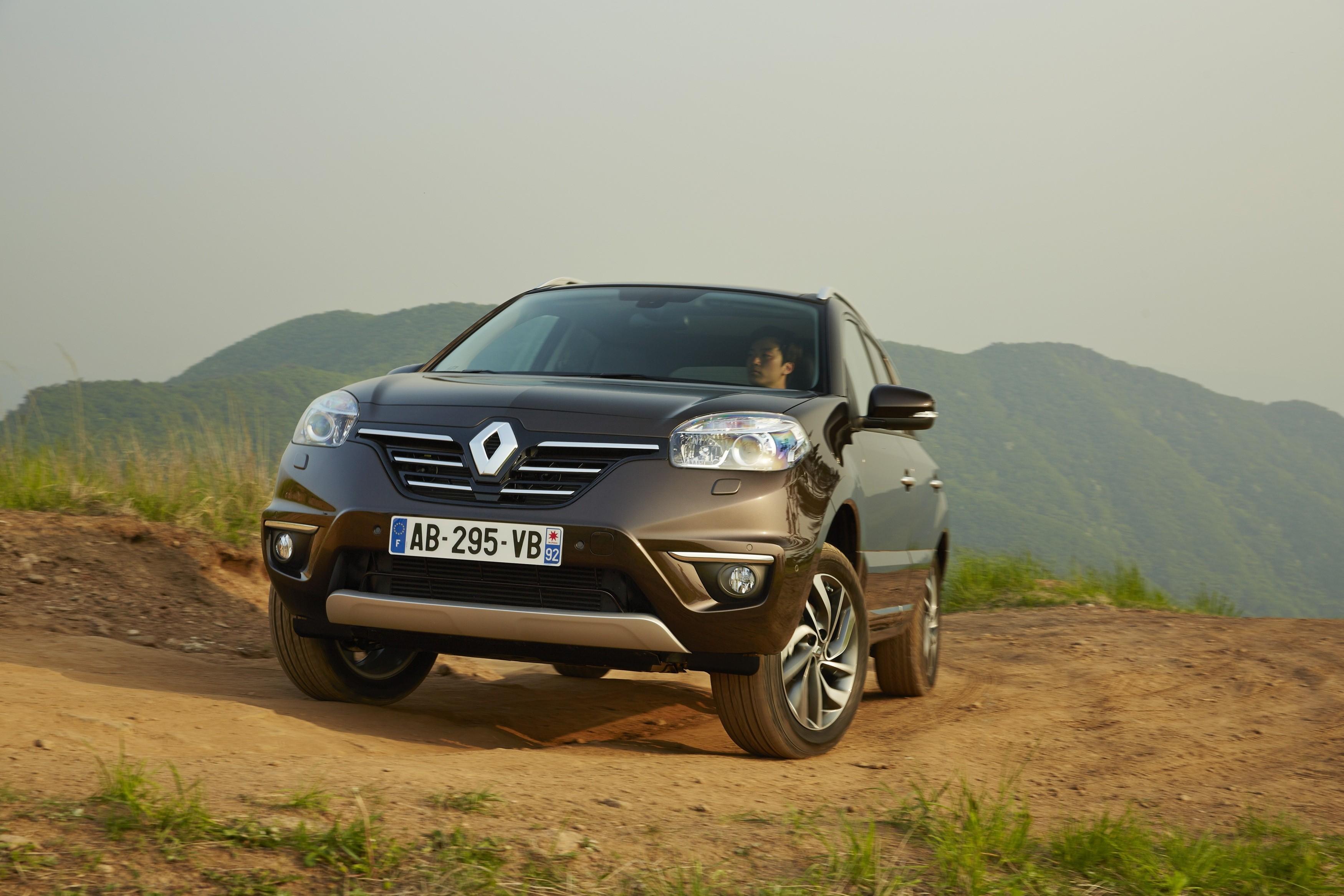 Renault Koleos M.Y. 2014: via alla commercializzazione