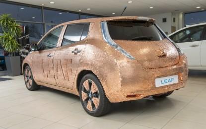 Nissan LEAF: una livrea unica per le 100mila unità!