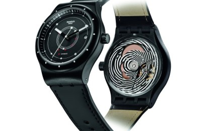 Swatch Sistem51 mette il mondo sottosopra