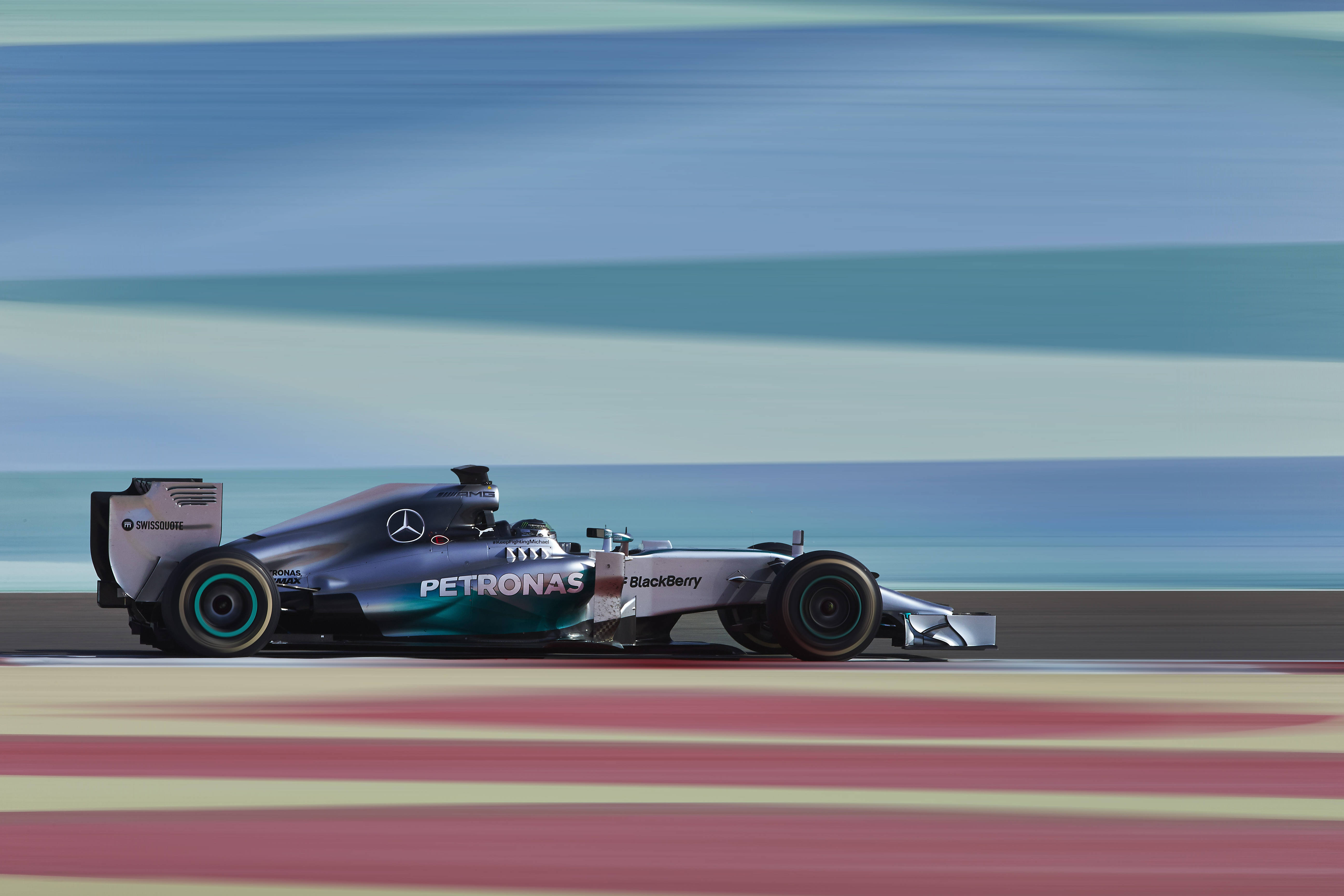 La Mercedes chiude al top la sessione del Bahrain