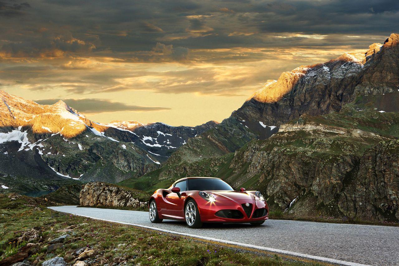 Alfa Romeo 4C 'Auto Lider 2013' in Polonia