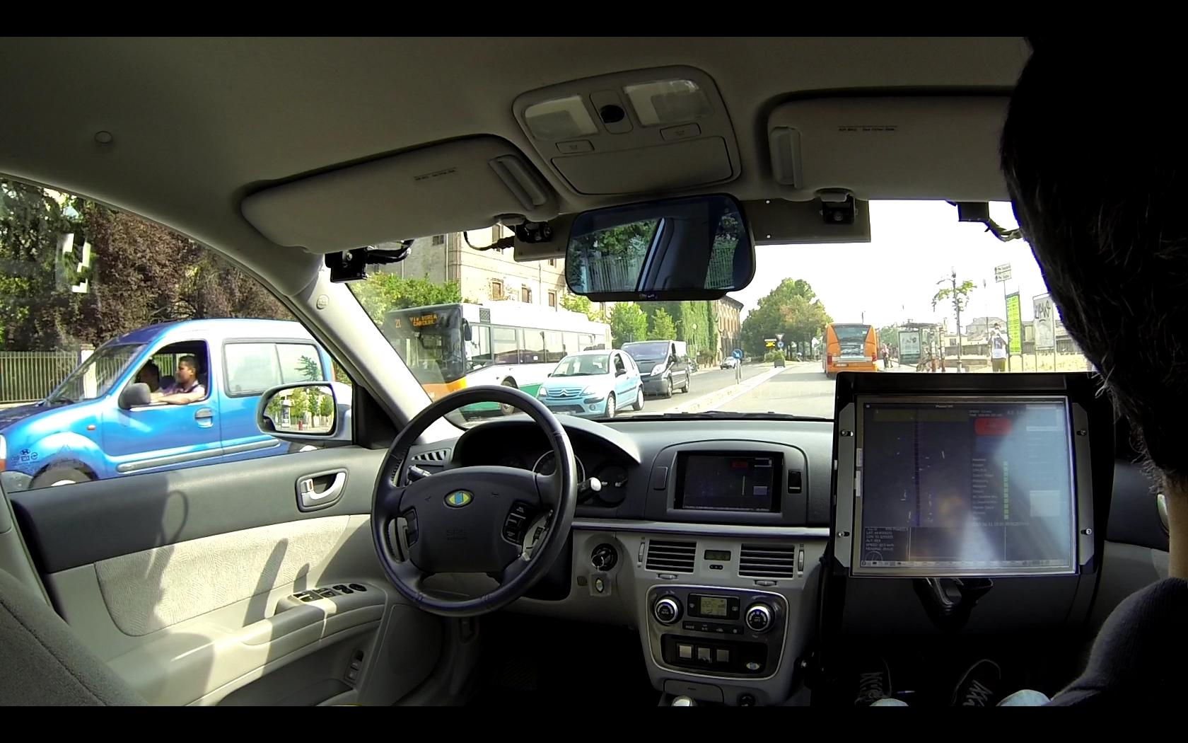 Magneti Marelli e VisLab insieme per la guida automatica