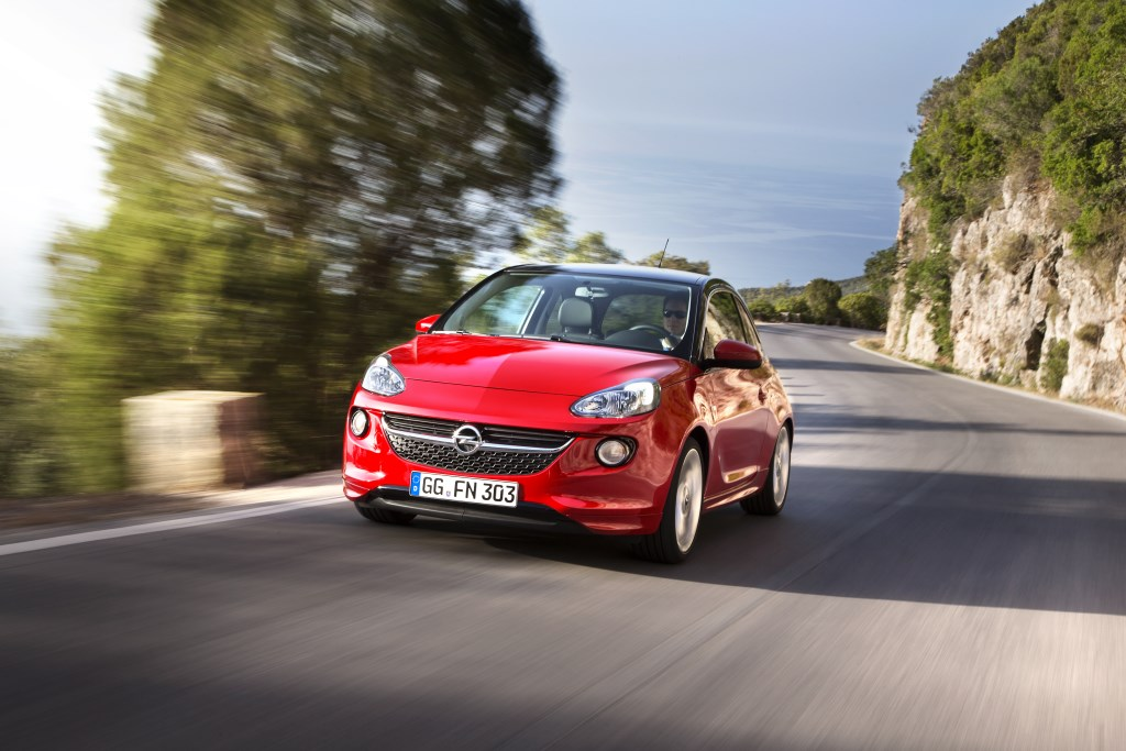 Opel ADAM: a Ginevra il nuovo e potente 3 cilindri