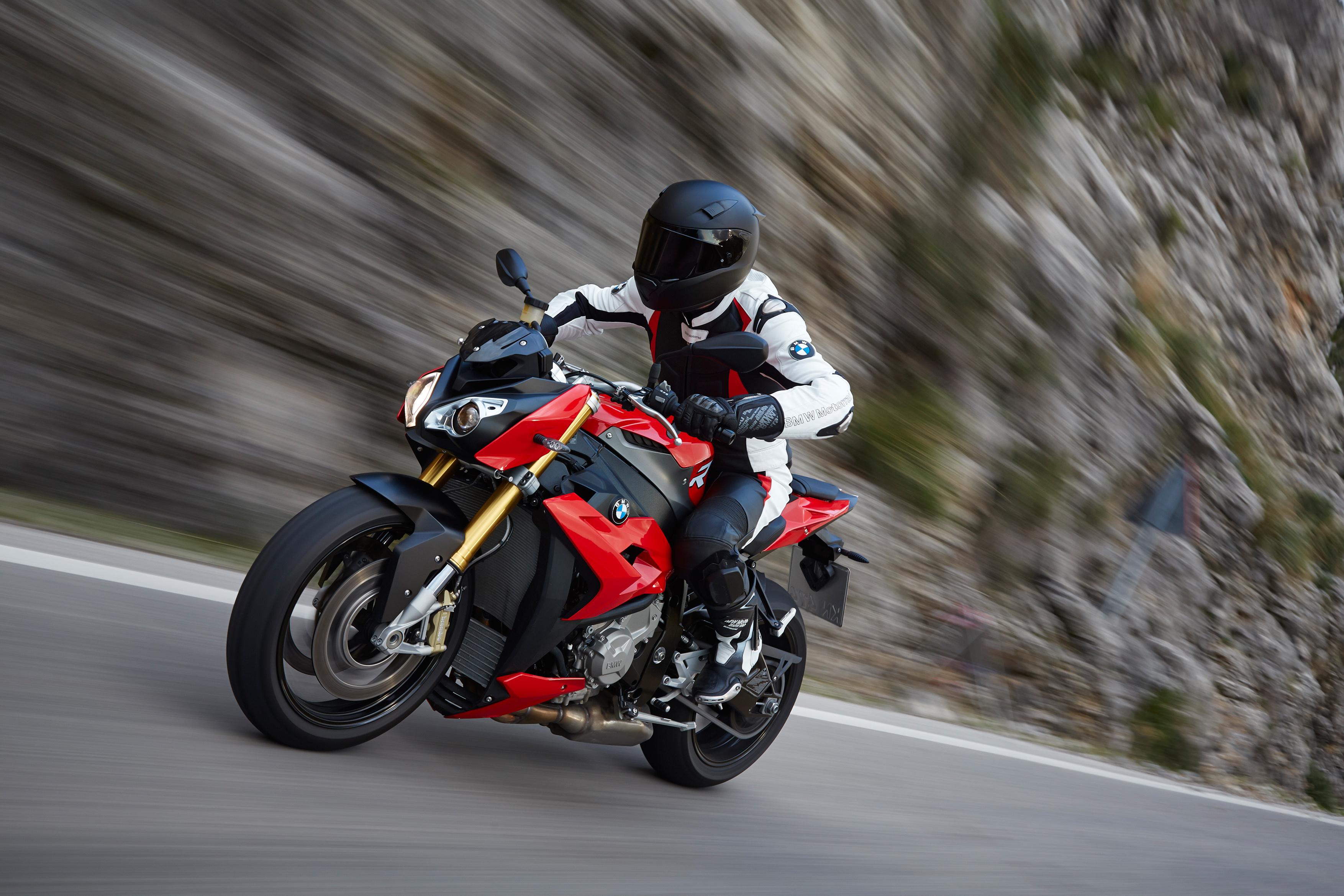 BMW Motorrad inizia l'anno con ottimi risultati
