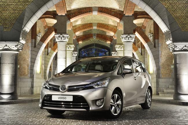 Toyota presenta la nuova Verso