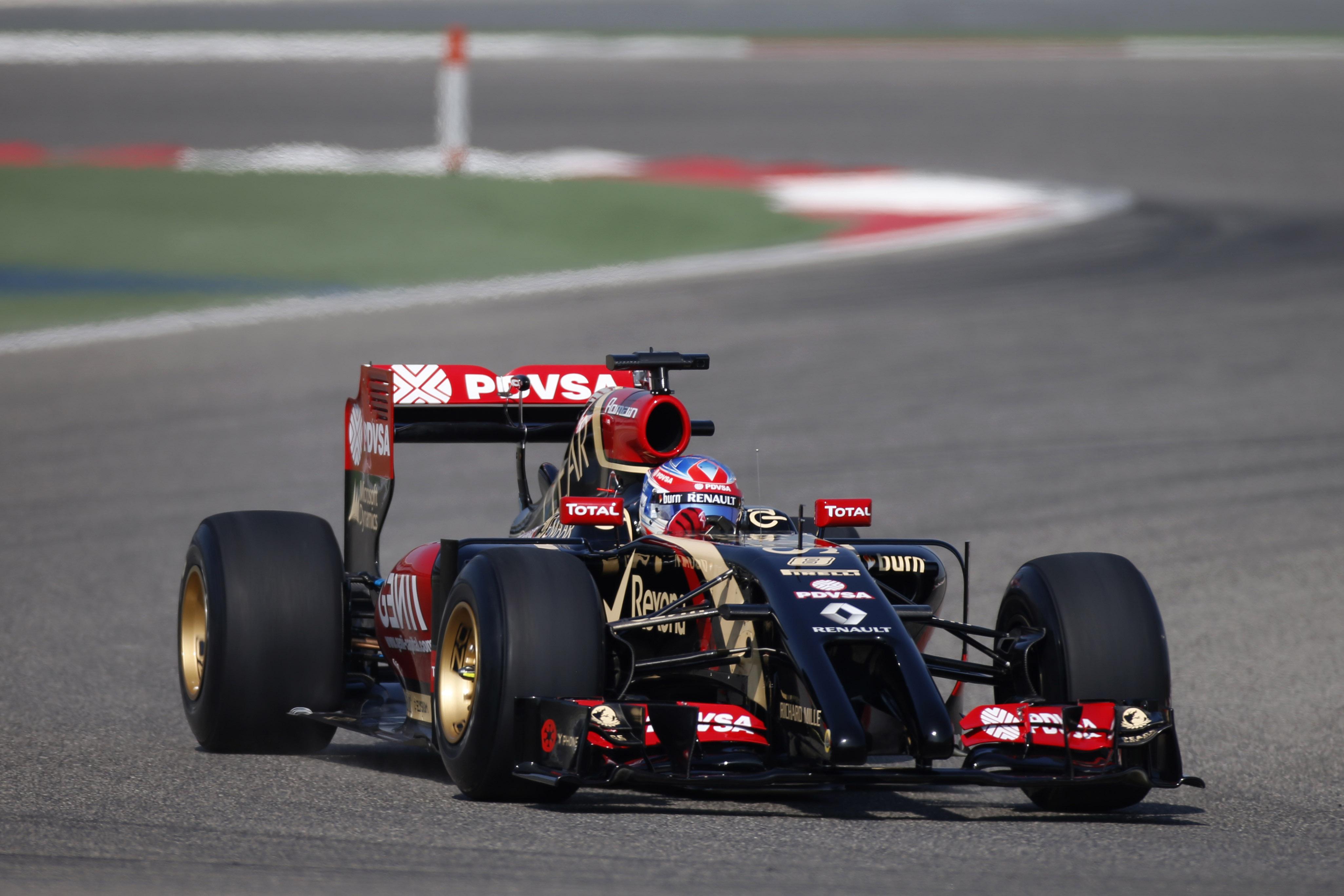 Lotus F1 Team e Renault Sport F1: l'amore continua