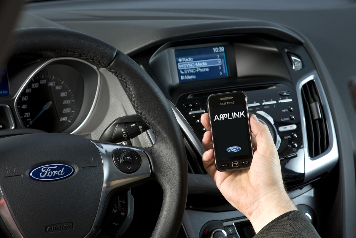 Ford nuove app per il sistema SYNC AppLink