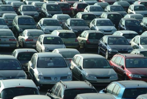 Mercato auto: a gennaio male usato e radiazioni