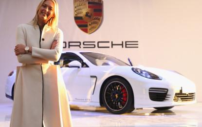 Maria Sharapova presenta la sua Panamera GTS