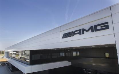 Mercedes-AMG inaugura un nuovo centro logistico