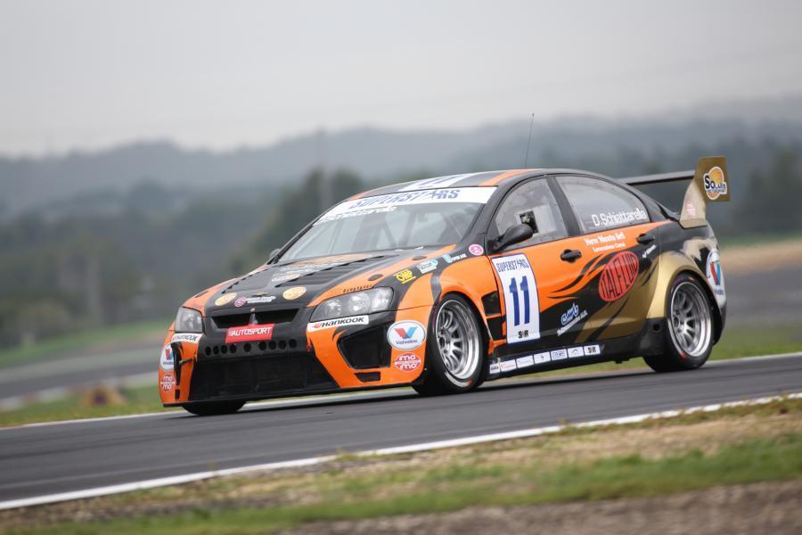 Solaris Motorsport pronta per l'EUROV8 2014