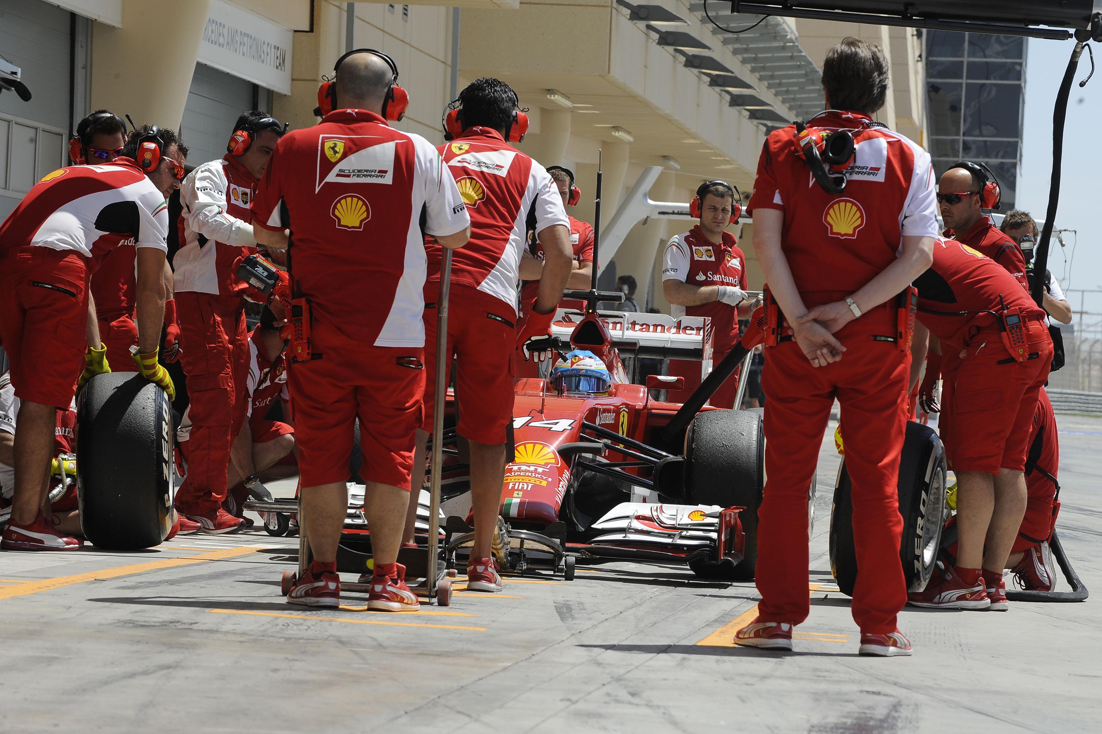 Ferrari: in Cina per recuperare