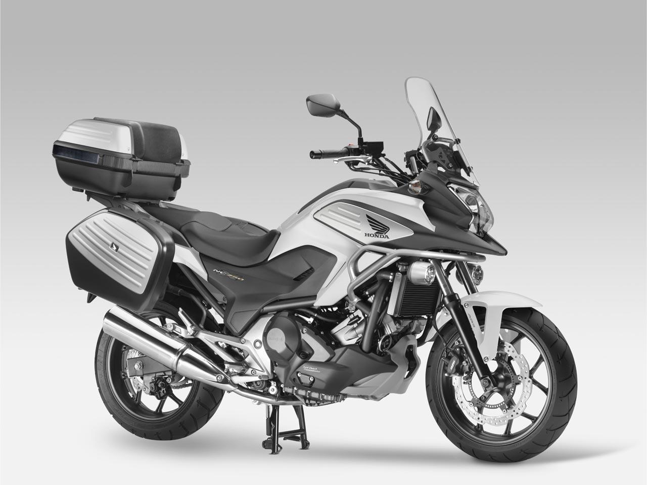 Nuova Honda NC750X Travel Edition
