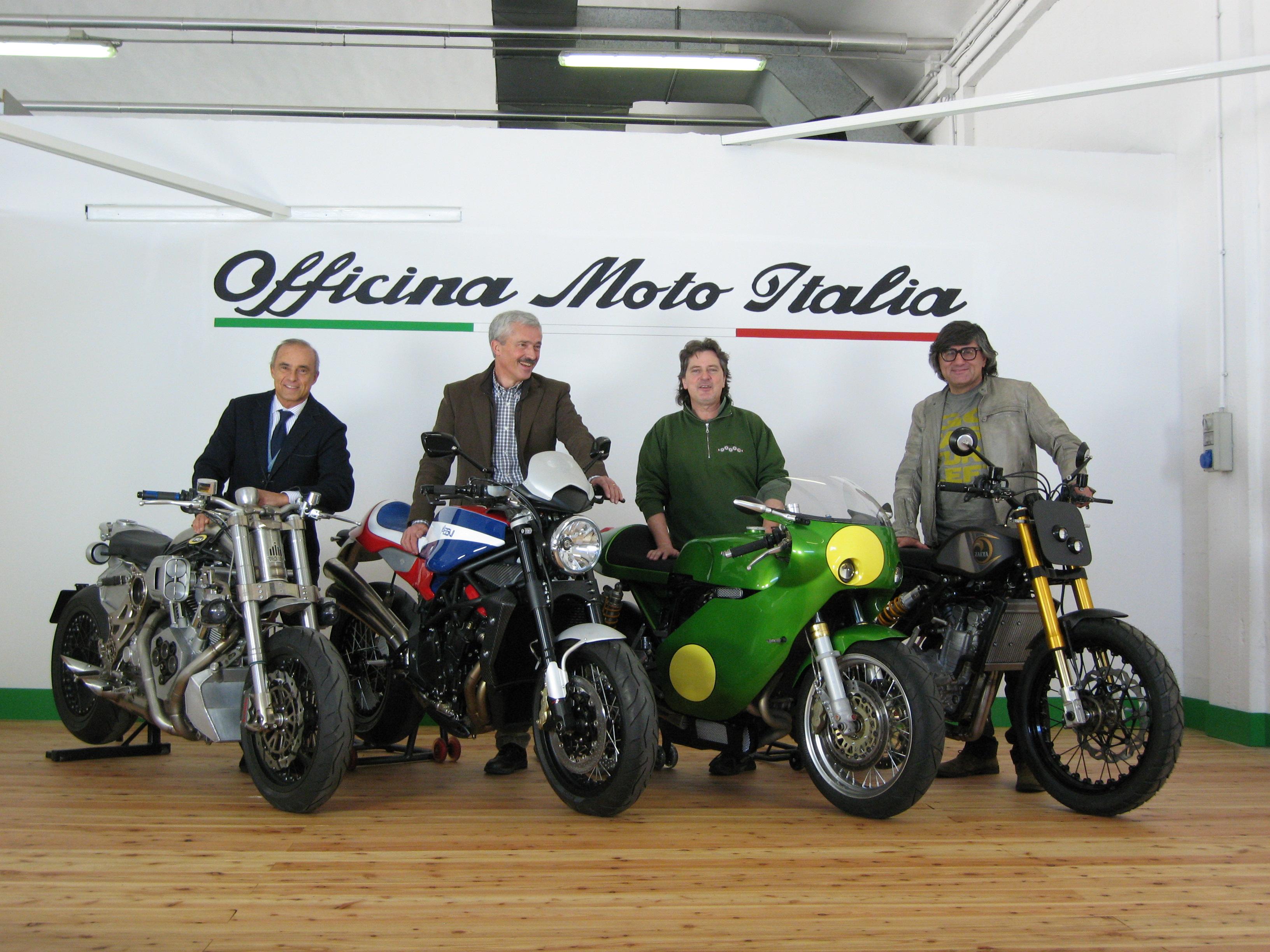 Auto da collezione e motociclette prêt à porter