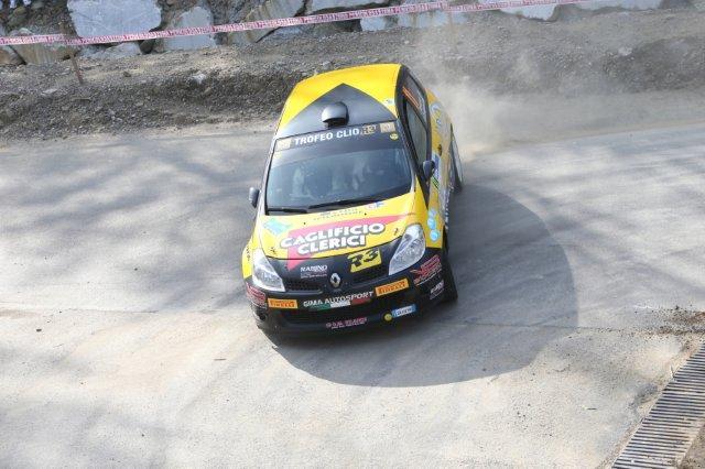 Weekend su più fronti per Renault