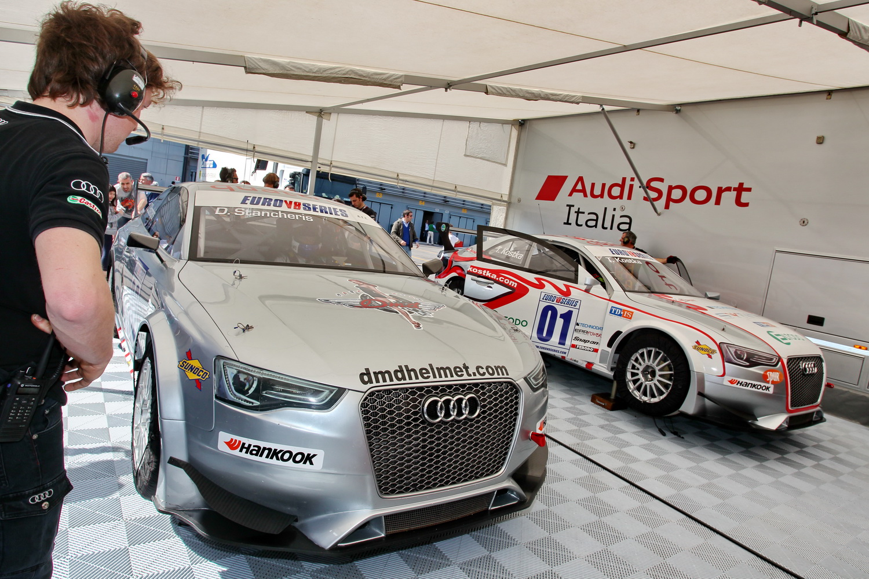 Tris di RS5 per il Team Audi Sport Italia