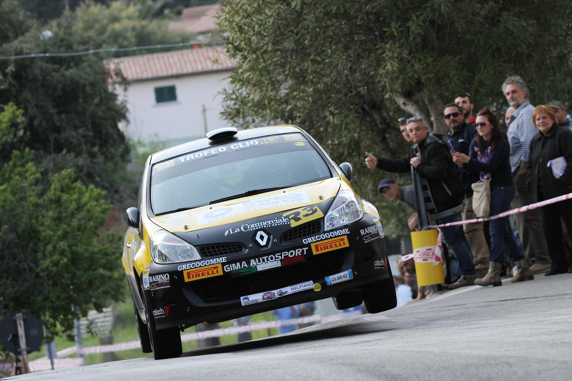 Renault: i programmi della stagione rally 2015