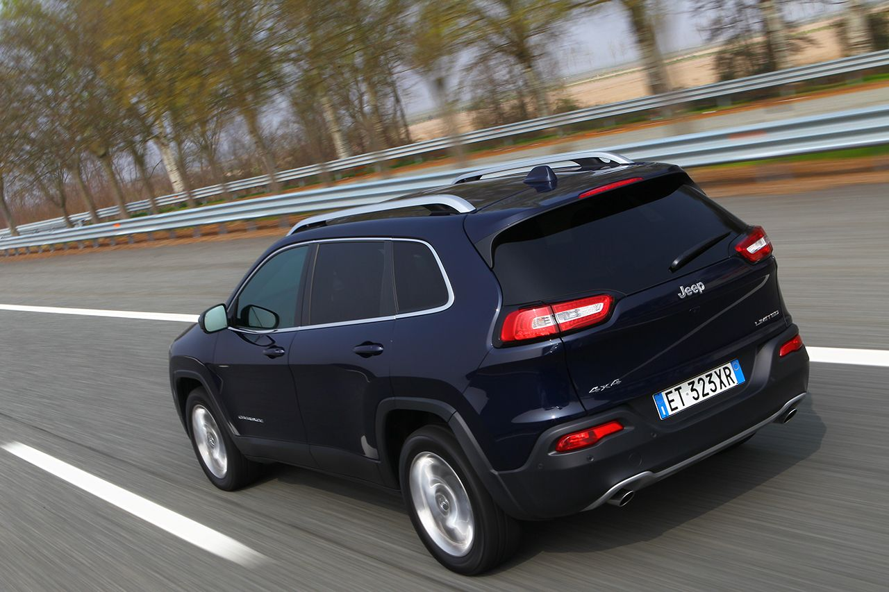 "Jeep Cherokee ""miglior SUV/All-Terrain Vehicle"" 2014"