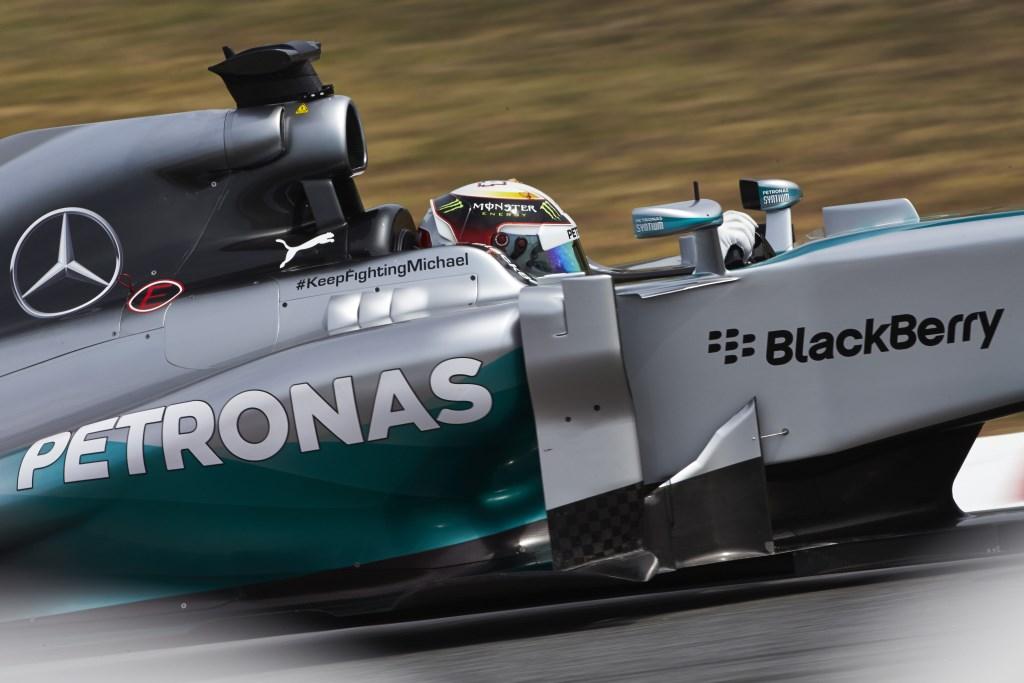 Spagna: doppietta Mercedes. Ma l'eroe è Vettel
