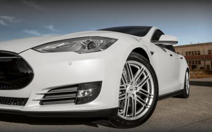 Tesla S e AEZ Cliff, combinazione elettrizzante!