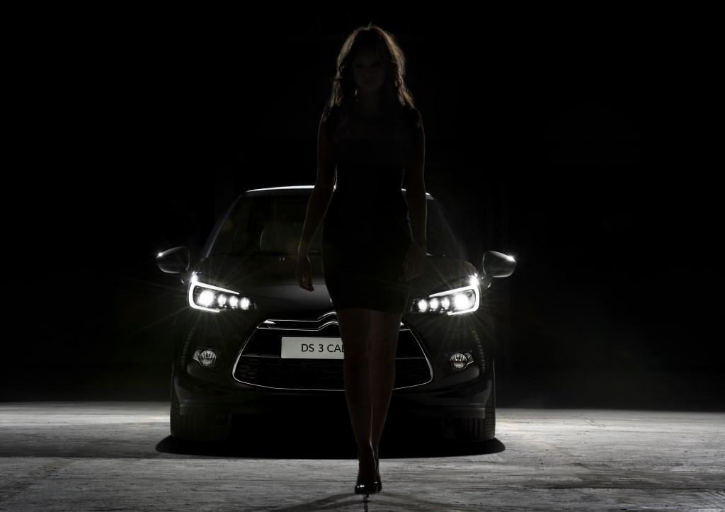 DS 3 e DS 3 Cabrio: una nuova firma luminosa