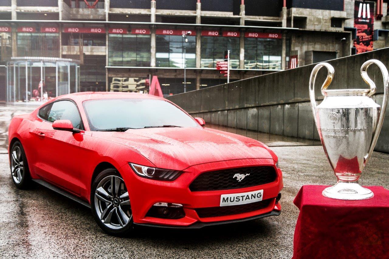 Ford Mustang: preordini da Champions!